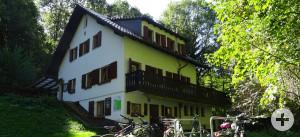 Außenansicht des Naturfreundehauses Schriesheimer Hütte