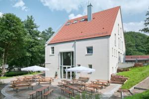Das Wirtshaus im Mühlenhof mit Biergarten